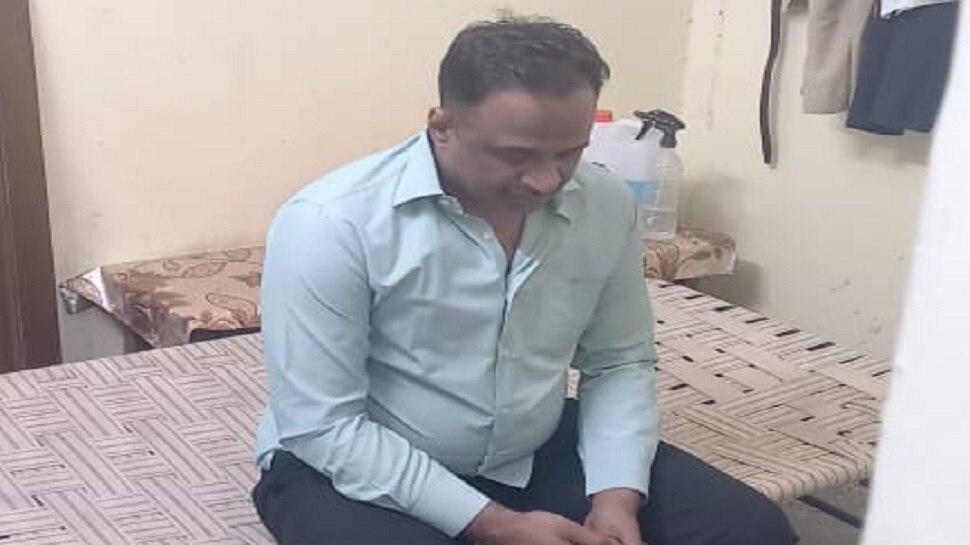 जयपुर में थानाधिकारी 10 हजार की रिश्वत लेते गिरफ्तार, आवास एवं अन्य ठिकानों की तलाशी जारी