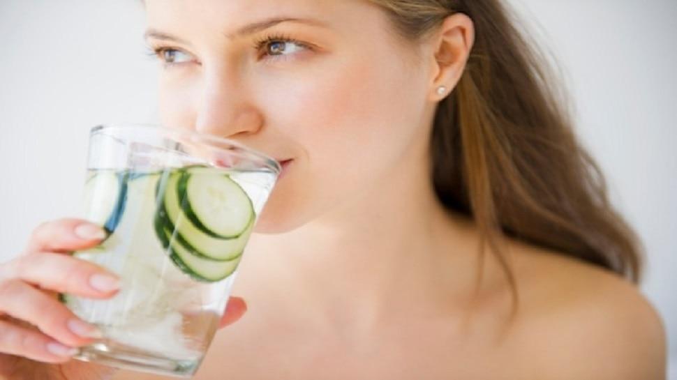 Drink for Glowing Skin: चेहरे को चमकदार बनाने के लिए रोज इस वक्त पीएं ये ड्रिंक, लौट आएगा निखार