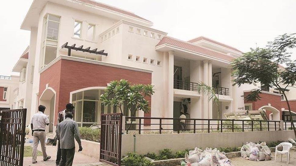सरकारी बंगला, अखिलेश यादव, 4 Vikramaditya Bungalow, UP Ex Cm House, Inside Pics, Akhilesh Yadav Bungalow, Yogi Adiyanath
