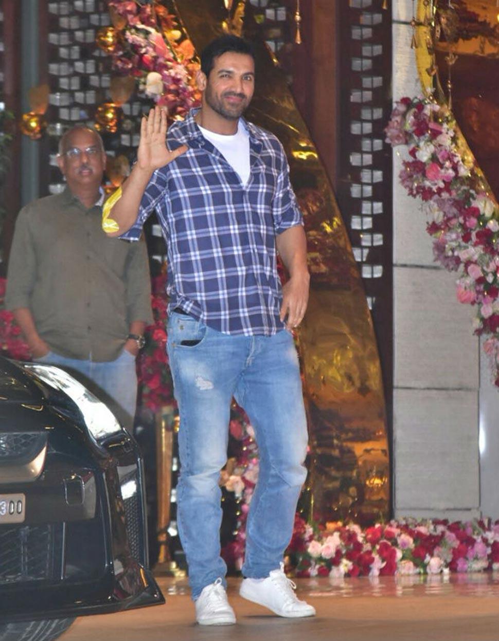 Mukesh Ambani, Nita Ambani, Grand party, Akash Ambani, Shloka Mehta, Bollywood celebs