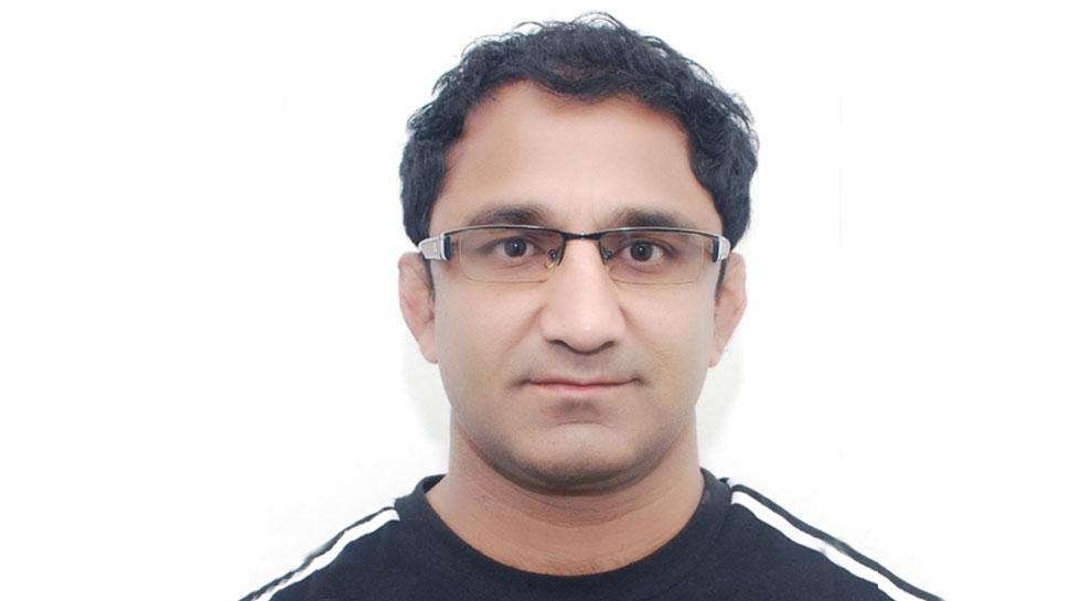 Kripashankar Patel wins award