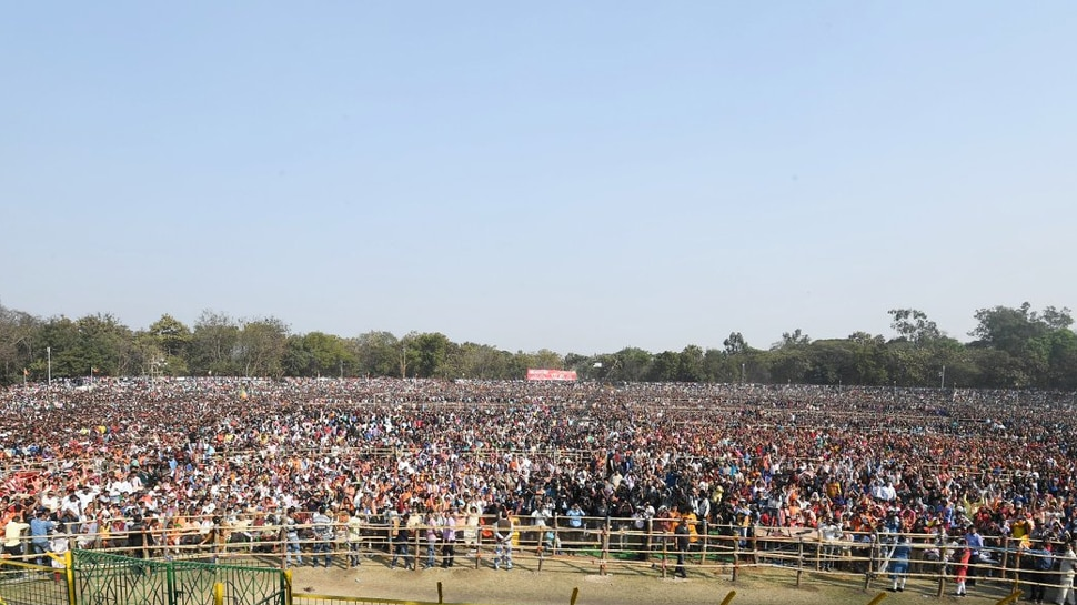 massive crowd in pm modi west bengal rally.