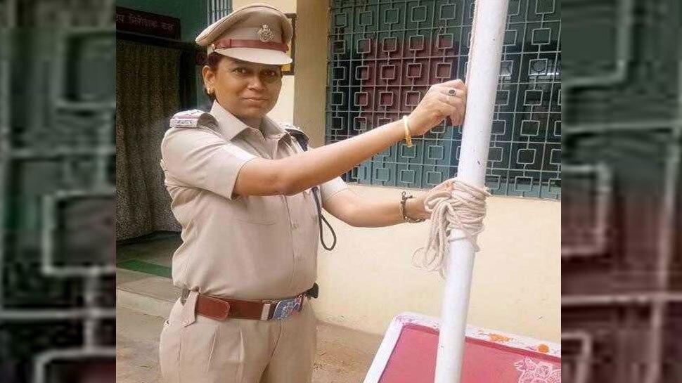 woman inspector shot her husband