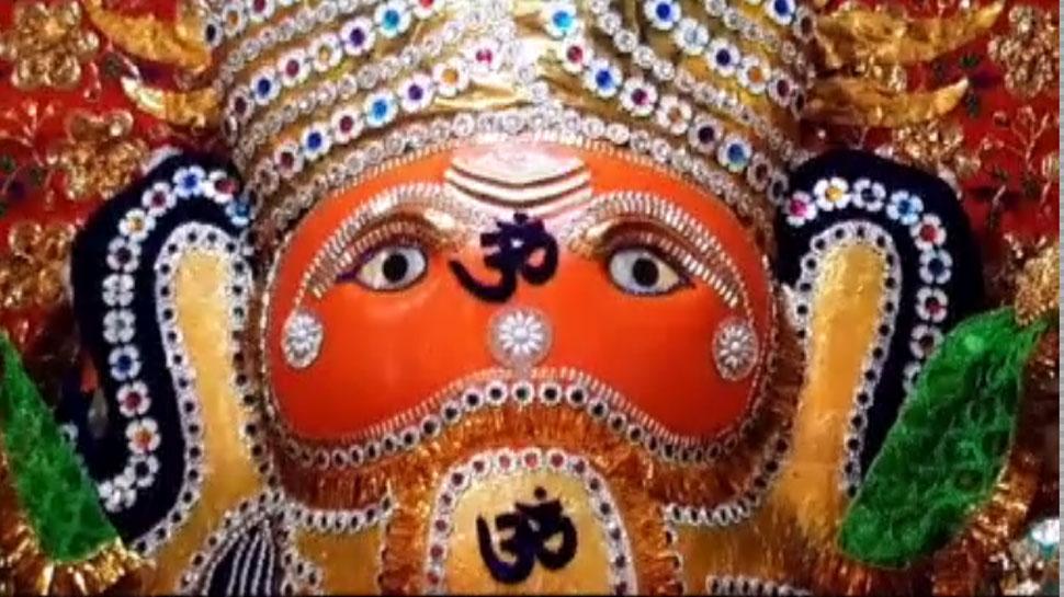 In this temple of Ratlam, Muslim society worships Lord Ganesha during Ganeshotsav for 1 day
