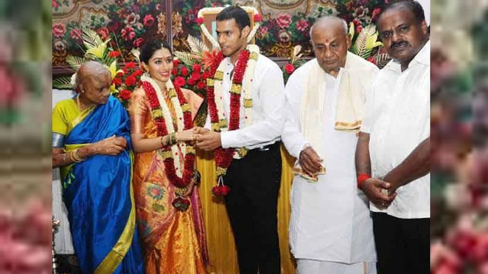 कर्नाटक चुनाव परिणाम 2018, hd kumaraswamy, Karnataka Elections 2018, Karnataka Floor Test, nikhil gowda, कर्नाटक फ्लोर टेस्ट