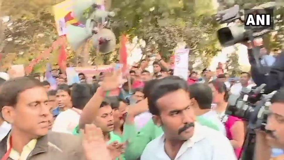 Journalists attacked by Hindu Samhati