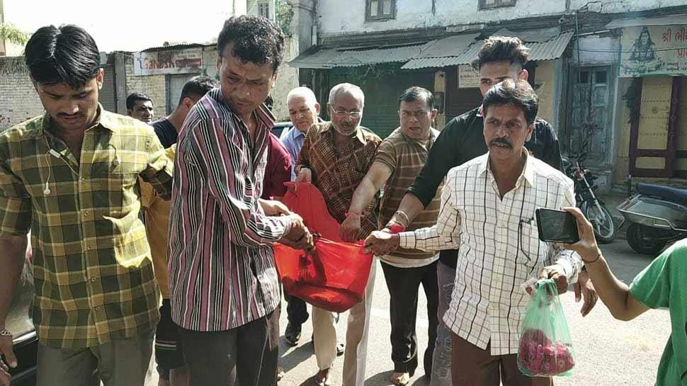 Monkey died in Dargah