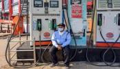 Petrol Price: पेट्रोल की कीमतों ने तोड़े सभी रिकॉर्ड, 100 रुपये के पार पहुंची कीमत