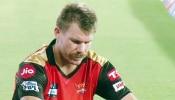 SRH ने वॉर्नर को दूध में से मक्खी की तरह किया OUT, क्रिकेटर के इस रिएक्शन से मचा बवाल