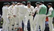 T20 World Cup के बीच ऑस्ट्रेलिया को लगा तगड़ा झटका, इस अज़ीम गेंदबाज़ ने क्रिकेट को कहा अलविदा
