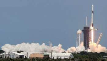 स्पेसएक्स का अंतरिक्षयान ड्रैगन 19 घंटे बाद इंटरनेशनल स्पेस स्टेशन पहुंचा