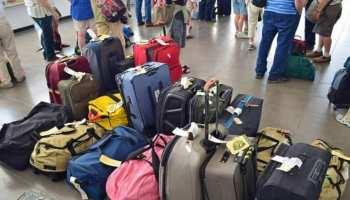 यात्रीगण कृपया ध्यान दें!! रेलवे आपका सामान घर से आपकी सीट तक पहुंचाएगा...