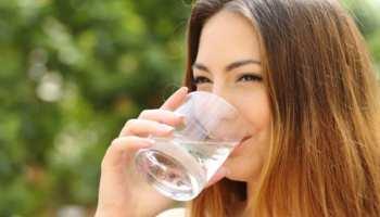 गर्मी में एक गिलास गर्म पानी पीने के ये फायदे चौंका देंगे आपको, बस समय का रखें ध्यान