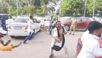 पटना में छात्रों पर जमकर टूटा पुलिस का कहर! सरेआम दौड़ा-दौड़ा कर पीटा