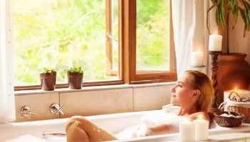 Money Totke: पीछा नहीं छोड़ रही पैसों की तंगी? नहाते समय कर लें ये आसान उपाय, बदल जाएंगे दिन