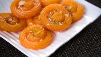 Paneer Jalebi Recipe: मैदा नहीं, पनीर से घर पर बनाएं टेस्टी जलेबी, स्वाद ऐसा कि भूल न पाएंगे