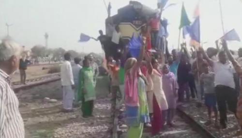 भारत बंद: पंजाब में दुकानों के शटर गिरे, मोबाइल इंटरनेट पर रोक; हरियाणा में भी प्रदर्शन