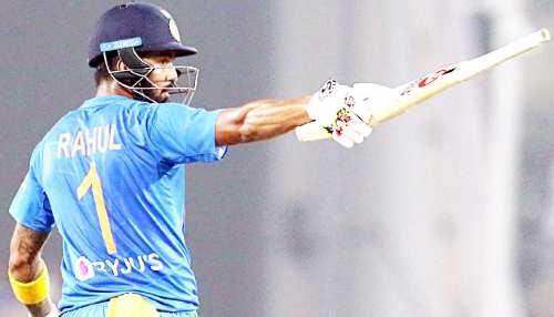 IND vs NZ: KL राहुल का शतक, धोनी-धवन के बाद ऐसा करने वाले पहले भारतीय बने