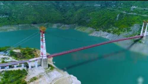 खत्म हुआ 14 वर्षों का वनवास, टिहरी झील पर डोबरा-चांठी के लोगों के 'सपनों' का पुल तैयार