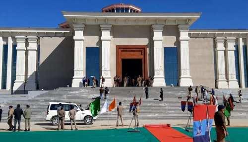 उत्तराखंड विधानसभा के मॉनसून सत्र की तैयारी, CM त्रिवेंद्र रावत ने किया सदन का निरीक्षण