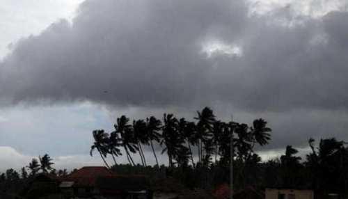 Bihar Weather Update: चक्रवाती हवा का प्रकोप हुआ खत्म, 48 घंटों तक तापमान 34 से 36 डिग्री रहने का अनुमान