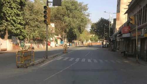 Maharashtra में लग सकता है तीन हफ्ते का Complete Lockdown, सीएम Uddhav ने बुलाई अहम मीटिंग