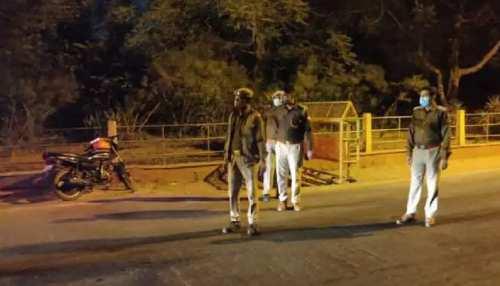 कोरोना संक्रमण रोकने के लिए 'नाइट कर्फ्यू' बना हथियार! Lockdown को 'राजी' नहीं बिहार सरकार