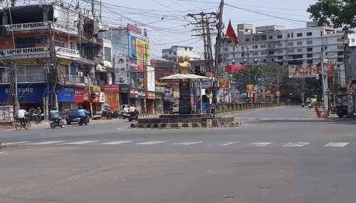 रांची: राजधानी में 2 बजे दिन के बाद सुनसान हो जाती है सड़कें, सख्ती के साथ बढ़ाई गई है टेस्टिंग