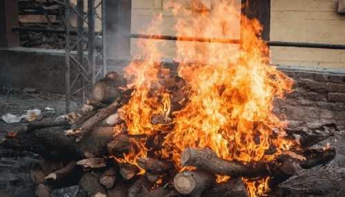 Bettiah में जारी है मौत का 'कहर', अंतिम संस्कार के लिए नहीं मिल रही जगह