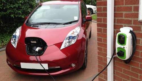 गुजरात में Electric Vehicle खरीदने पर मिलेगी 1.5 लाख सब्सिडी, रजिस्ट्रेशन भी फ्री, घर में ही कर सकेंगे चार्ज
