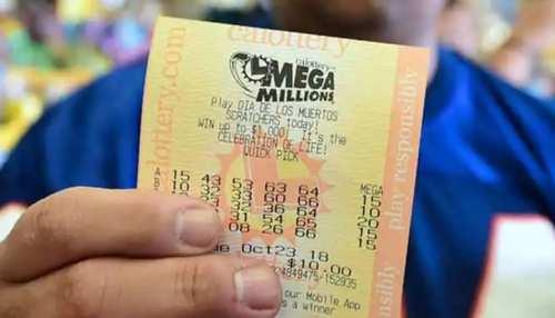 दुकानदार के कहने पर शख्स ने खरीदा टिकट, दोबारा लगी 7 करोड़ की लॉटरी