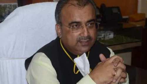 Bihar: वायरल बुखार का कहर! मंगल पांडेय बोले-अलर्ट है चिकित्सा विभाग