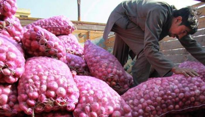 देश के सबसे बड़े थोक बिक्री बाजार लासलगांव में प्याज 18.50 रुपये किलो पर बरकरार