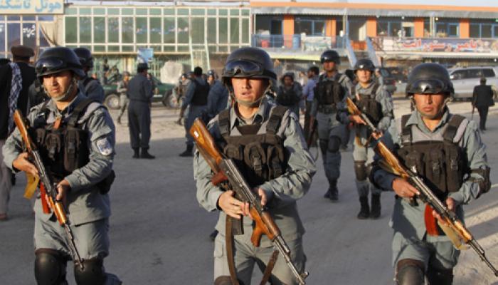 अफगानिस्तानी राष्ट्रपति के हेलीकॉप्टर पर आतंकवादियों ने दागे रॉकेट