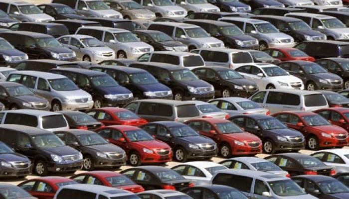 देश में कारों की बिक्री जून में 14.76 फीसदी बढ़ी