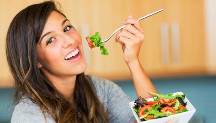 खुशहाल और लंबी जिंदगी के लिए वरदान है फल और सब्जियां