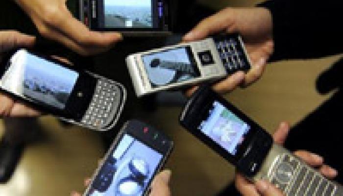 गांवों में मोबाइल कनेक्टिविटी के लिए 20,000 करोड़ रुपए खर्च करेगी सरकार