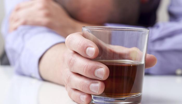 राज्य में बढ़ रही है नशे की लत, जल्द बनेगी नई एल्कोहल पॉलिसी