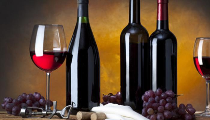 व्यायाम जितना फायदा पहुंचाता है रेड वाइन का सेवन