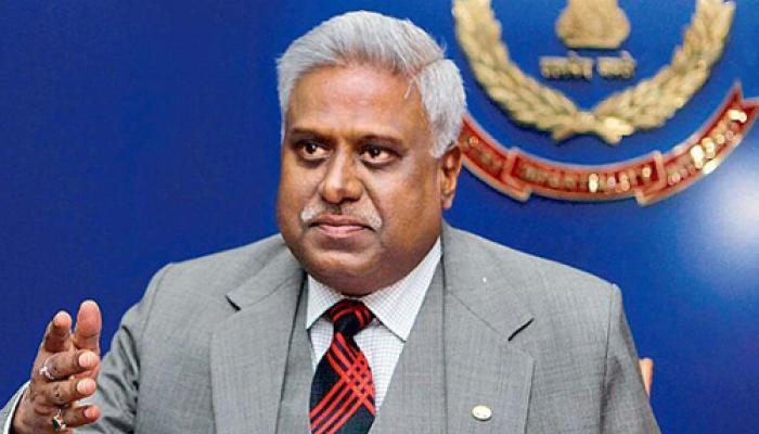 रंजीत सिन्हा का कोर्ट में दावा- सीबीआई का वरिष्ठ अधिकारी ही है 'भेदिया'