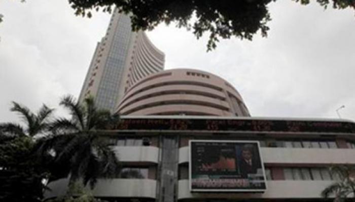 भारतीय शेयर बाजार सेंसेक्स, निफ्टी में 8 सप्ताह की सबसे तेज गिरावट