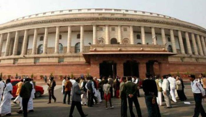धर्मांतरण के मुद्दे पर संसद में विपक्ष का हंगामा, सरकार कानून बनाने के लिए तैयार