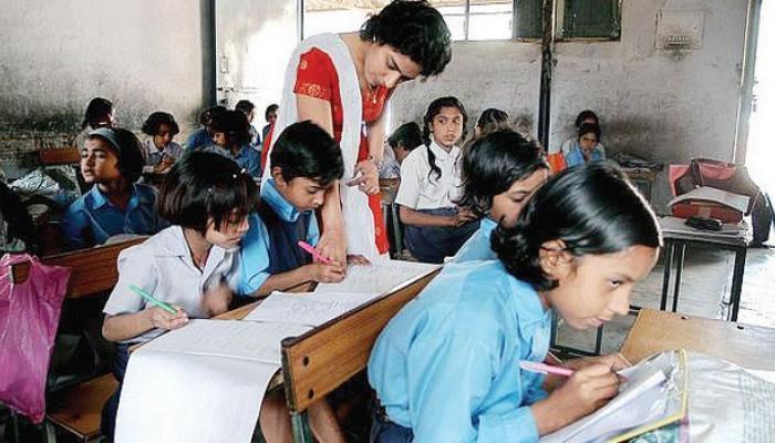 80% लड़कियां छेड़छाड़ से तंग आकर छोड़ देती हैं पढ़ाई
