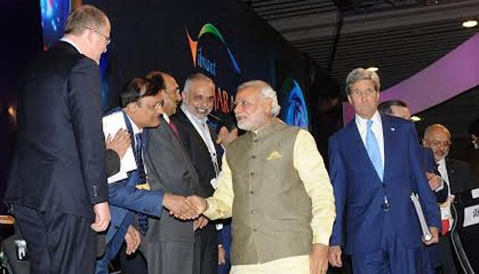 वायब्रेंट गुजरात शिखर सम्मेलन शुरू : कंपनियों ने की बड़े निवेश की घोषणा