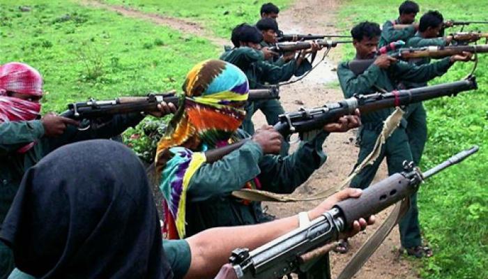 झारखंड: नक्सलियों ने सात लोगों की गोली मारकर हत्या की