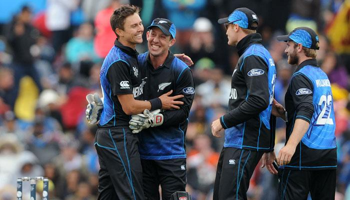 आईसीसी वर्ल्ड कप 2015: न्यूजीलैंड ने स्कॉटलैंड को तीन विकेट से हराया