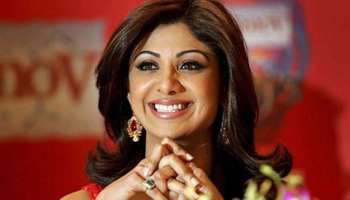 पुलिस ने अभिनेत्री शिल्पा शेट्टी के खिलाफ मामला दर्ज किया