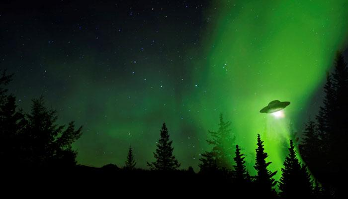 क्या एलियन भेजते हैं रेडियो संकेत?