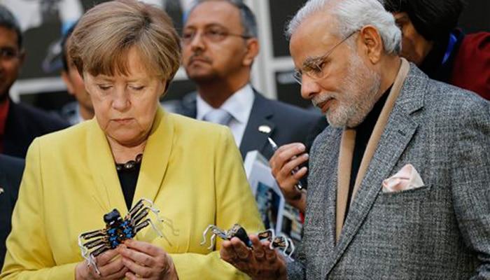 जर्मनी में मोदी: विनिर्माण क्षेत्र में भागीदारी के लिए दुनिया को आमंत्रण, बोले- विश्व भारत की तरफ देख रहा है
