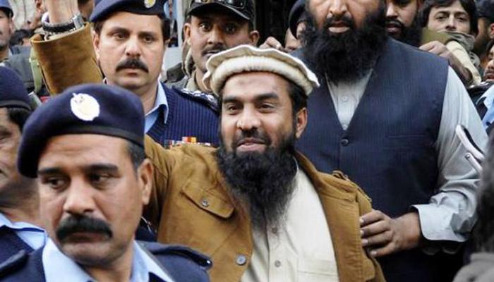 'जकीउर रहमान लखवी की सुरक्षा में लगे हैं पाक सेना के कमांडो, सादी वर्दी में रहते हैं तैनात'